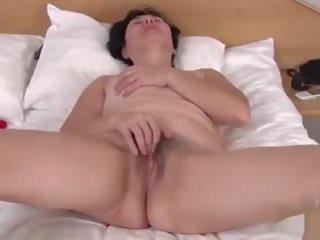 Harig rijpere yulya 2: gratis rijpere harig hd porno video- e0