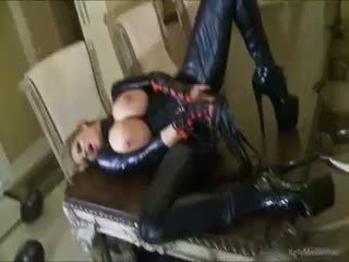 Busty kelly madison has mủ cao su lust