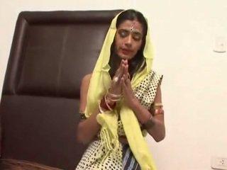 Kuum kohtumine koos a seksikas india abielunaine tamara