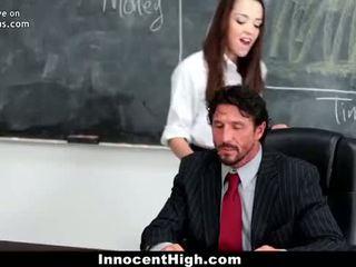 Innocenthigh school- meisje desperate voor teacher's lul