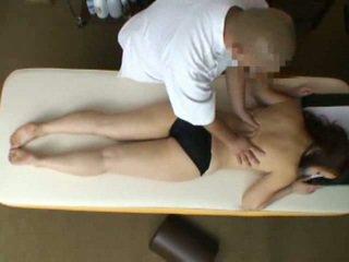 Mosaic: asawang babae reluctant orgasmo during masahe 2