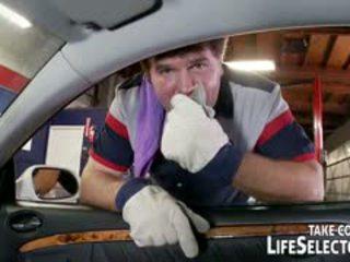 Gjøre du gå gal til fancy cars? being en bil mechanic kunne