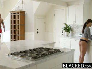 Blacked صديقة adriana chechick cheats مع ل ضخم أسود كوك