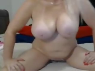 Oma blondine met adembenemend tieten, gratis porno 68