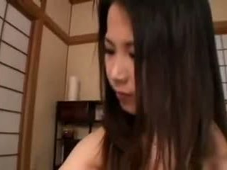 Aya nakano-hand punë breastmilk healing nga tom