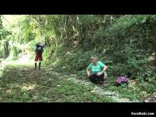 ريان جدة takes dicking في ال غابة