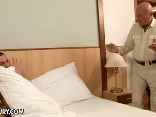 Lusty grandmas: kusut family papat sawetara having hardcore bayan