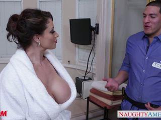 Potrebni mama eva notty gives obdelovanje prsi