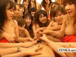 Extrém pov japán orgia bj és csókolózás orgia