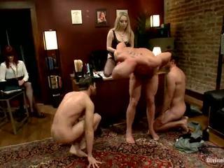 Ofis dame üstün çykmak making 3 fellows go biseksual nearby each other