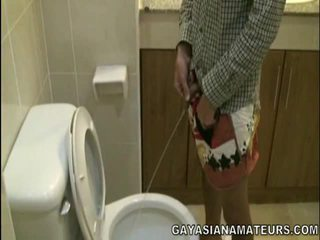 Μου γκέι ασιάτης/ισσα urinate και σπέρμα