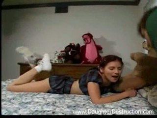 Stepdad și lui fiică
