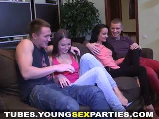 Nuori seksi parties