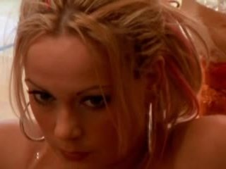 Sanna brading sueca actriz - un hole en mi corazón