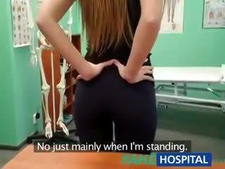 Fakehospital γιατρός creampies Καυτά αθλητικό μαθητής/ρια με απίστευτο σώμα