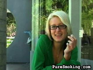 Pure smēķētāji offers jums hardcore sekss xxx saspraude