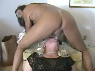 Longhaired dude in ora act with a crossdresser