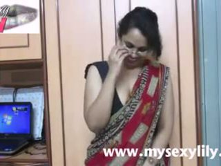 Indieši skaistule lily sekss skolotāja