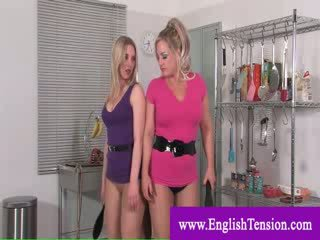Mistresses punishing एक weak सिसी