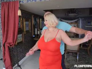 Povekas slut milf samantha 38g fucks korkeakoulu dance instructor