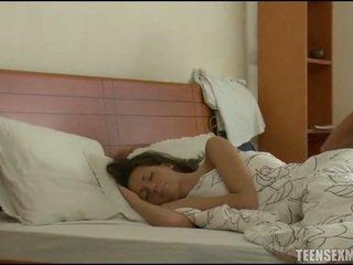 sleeping, sleeping dzimums, teen