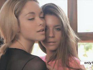 Thơm đồng tính nữ chơi thanh thiếu niên guerlain và madonna video