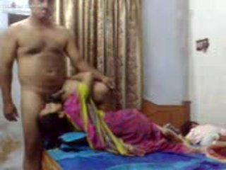 هندي زوجان