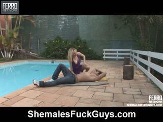 Alessandra sena transeksuwal screwing dude sa video