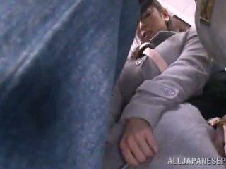 Asiatisch sweetie has raped im die öffentlich bus