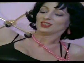 Klasikinis prancūziškas: nemokamai milf porno video
