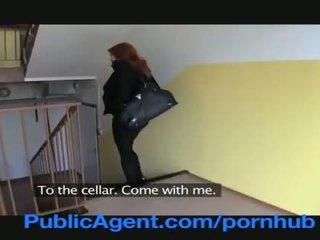 Publicagent casada ruiva does anal em o cellar