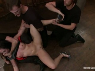 Aria Aspen Has Her Ass Used Inside Gangbang Performance