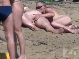 Naken strand voyeur