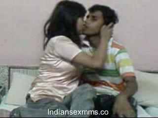 Indisk lovers hardcore sex scandal i internat rom leaked