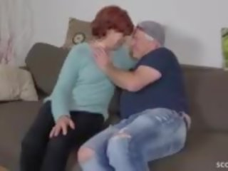 cum mutē, vecmāmiņa, vecenīte