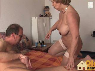Grannie με τεράστιος βυζιά, ελεύθερα ερασιτεχνικό hd πορνό 66