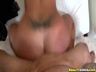 Big Juicy Titties Get Fucked And Jizzed On