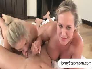 big boobs nyata, mahasiswi kesenangan, penuh kelompok tiga orang semua