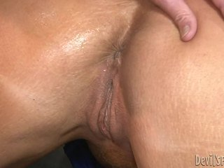 Mine ibu di hukum asked saya untuk copulate dia besar pantat anus hole