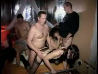 그룹 섹스, 아마추어