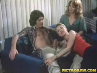sex na kozy části, v kuchyni nahá, nový sex gey