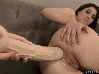 Tara Pink And Tiffany Doll Butt Crack ...