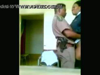 Hitam polis officers boning manakala cities are being looted