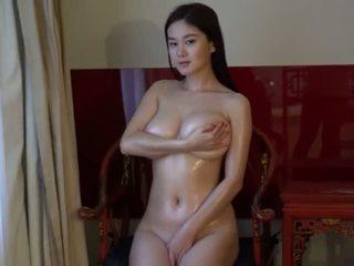 Chinees model yi-yang
