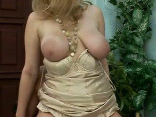 blondjes, grote borsten, milfs