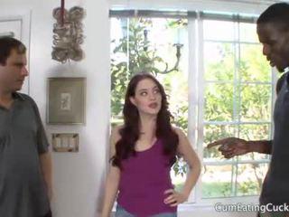 Jessica shows jej mąż a prawdziwy mans kutas