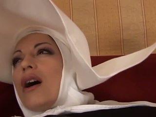 Caliente anal italiana monja: gratis mqmf porno vídeo f4