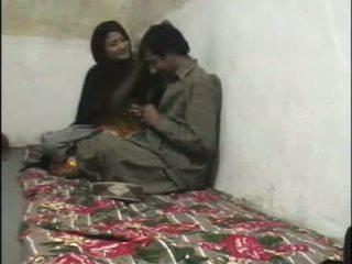 Pakistani ẩn cẩm giới tính