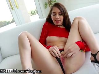 Lexingtonsteele 19 Year Old Takes Foot Long Bbc!