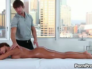 Profond penetration pour nana
